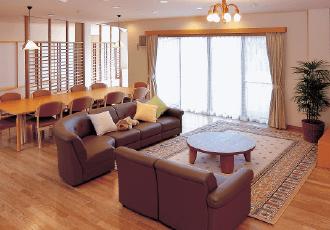 家庭的な雰囲気の食堂・居間